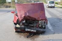 KANDIRA CEZAEVİ - Kaza Yapan Traktör Sürücüsü Baygın Halde 300 Metre İlerledi