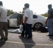 CENAZE ARACI - Otomobiller Çarpıştı Açıklaması 2 Ölü, 2 Yaralı