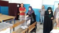 TEVFIK GÖKSU - Pazar Yerinin Taşınmasına Vatandaşlar Seçim İle Karar Veriyor