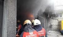 ESENTEPE - Sultangazi'de Tekstil Atölyesinde Yangın