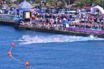 YÜZME YARIŞMASI - Üsküdar Kız Kulesi Yüzme Yarışları Nefesleri Kesti