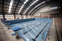 TURGUT ÖZAKMAN - Yenimahalle Havuzlarında Yenilenme Zamanı