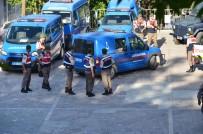 BENZERLIK - 11 Yıl Önce Öldürülen Kuzenlerin Cinayet Zanlıları Adliyeye Çıkarıldı
