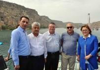 MEHMET BÜYÜKEKŞI - Büyükelçiler Rumkale'nin Eşsiz Manzarasına Hayran Kaldı