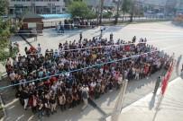 MUSTAFA TEMIZ - Çocuklar İlk Derse Balon Uçurarak Başladı