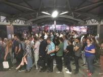 TOPLU TAŞIMA ARACI - Metrobüs Duraklarında Okul Yoğunluğu