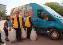SOSYAL YARDIM - Öğrencilere Kırtasiye Malzemesi Dağıtıldı