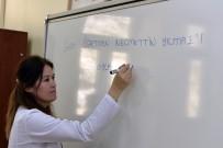 ÖĞRETMENLIK - Şehit Öğretmen Necmettin Yılmaz'ın Memleketi Gümüşha'ne Adının Verildiği Okulda Yeni Dönem Hüzünlü Başladı