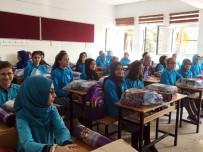 SULTANGAZİ BELEDİYESİ - Sultangazi Belediyesi'nden 110 Bin Öğrenciye 660 Bin Defter