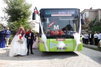 GELİN ARABASI - Tanıştıkları Otobüs Düğün Araçları Oldu