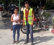 KREDI KARTı - Belediye İşçisinden Örnek Davranış