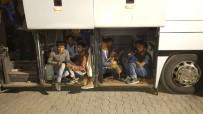 AFGANISTAN - Doğubayazıt'ta Otobüsten 142 Kaçak Göçmen Çıktı