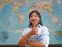 YAŞAR ÜNIVERSITESI - Eğitim İçin Kıtaları Aştılar