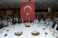 ÖZDEMİR ÇAKACAK - Eskişehir'de 'Gaziler' Onuruna Yemek Düzenledi