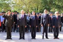 EMEKLİ ASTSUBAYLAR DERNEĞİ - Gaziler Günü İzmir'in İlçelerinde De Törenlerle Kutlandı