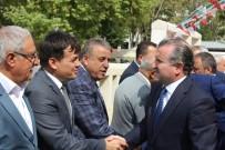 GENÇLİK MERKEZİ - Gençlik Ve Spor Bakanı'na 40 Davul-Zurna İle Karşılama