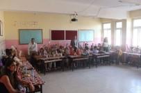 GENÇLİK MERKEZİ - Kozluk Gençlik Merkezinden Öğrencilere Kırtasiye Yardımı