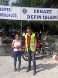 KREDI KARTı - Mersin Büyükşehir İşçisi Bulduğu Cüzdanı Sahibine Teslim Etti