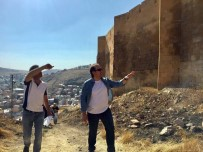 DEDE KORKUT - Vali Ali Hamza Pehlivan, Bayburt Kalesi'nde İncelemelerde Bulundu