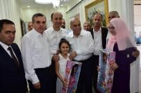 ŞANLIURFA VALİSİ - Bakan Fakıbaba Şehit Aileleriyle Bayramlaştı