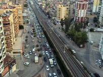 ALPARSLAN TÜRKEŞ - Adana Trafiği İstanbul Trafiğiyle Yarışıyor