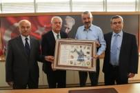 HALİL İBRAHİM ŞENOL - Başkan Şenol'dan Esnaflara Destek