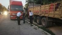 PARMAK İZİ - Çaldıkları 100 Litre Mazotu Taşıyamayınca, Yarı Yolda Bırakıp Kaçtılar