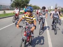 DİŞ DOKTORU - Erzincan'da 'Cemil Atalay Ekşisu Bisiklet Turu' Düzenlendi
