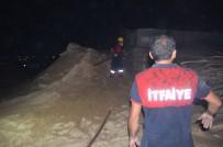 Iğdır'da Kereste Dükkanında Çıkan Yangın Korkuttu