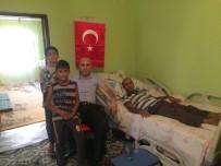YAYLAK - Kaymakam Dülgeroğlu'ndan Yaralı Korucuya Ziyaret