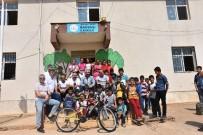 AHMET GAZI KAYA - Narinceliler Derneğinden Bin Öğrenciye Kırtasiye Yardımı