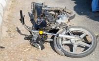 MOTOSİKLET SÜRÜCÜSÜ - Ödemiş'te Evli Çift Motosikletle Şarampole Uçtu