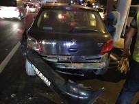 HASAN SARı - Otoyolda Üç Arabaya Çarptı, 'Bonzai İçtim' Diyerek Ağladı