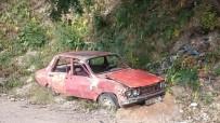HURDA ARAÇ - Sokağa Terk Edilen Hurda Araç Sahiplerine Ceza