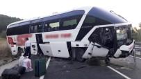 Yolcu Otobüsü Menfeze Düştü Açıklaması 13 Yaralı