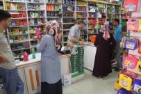 BESLENME ÇANTASI - Akyazı Belediyesinden 500 Öğrenciye Kırtasiye Yardımı