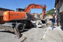 KALDIRIMLAR - Bozüyük Belediyesi Peyzaj Çalışmalarını Sürdürüyor