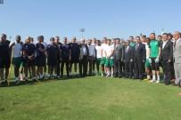 PAZAR GÜNÜ - Bursa Valisi İzzettin Küçük'ten Bursaspor'a Ziyaret