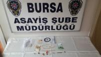 POLİS - Kadın Hırsızlar Bursa'da Yakalandı