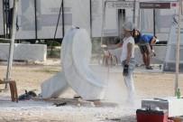 KAPANIŞ TÖRENİ - Mermer Bloklar Kuzgun Acar Heykel Sempozyumu'nda Şekilleniyor
