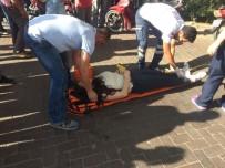 MOTOSİKLET SÜRÜCÜSÜ - Motosikletiyle Otomobile Çarpan Genç Kız Yaralandı