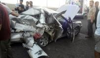 Tırın Çarptığı Otomobil Hurdaya Döndü Açıklaması 1 Ölü, 4 Yaralı