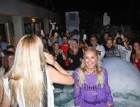 YONCA EVCİMİK - Yonca Evcimik'in çılgın doğum günü partisi