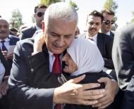 HACI BAYRAM - Başbakan Yıldırım Cuma Namazını Hacı Bayram Camii'nde Kıldı