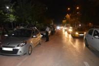 POLİS KÖPEĞİ - Bursa'da Huzur Operasyonunda 8 Gözaltı