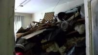 CIHANGIR - Cihangir'de 20 Tonluk Çöp Ev Bulundu