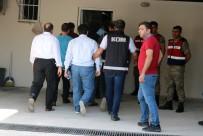 ADLİ KONTROL - Elazığ'daki FETÖ Operasyonu Açıklaması 13 Kişi Tutuklandı, 12 Şüpheli Daha Adliyeye Sevk Edildi
