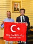 DİYARBAKIR VALİSİ - İHA'dan Vali Güzeloğlu'na Ziyaret