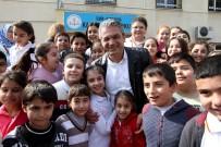 KARŞIYAKA - Karşıyaka'da Bin Öğrenciye Burs