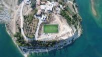 OYMAPıNAR - Manavgat Belediyesi'nden Emek Ve Oymapınar'a Yeni Spor Alanı
